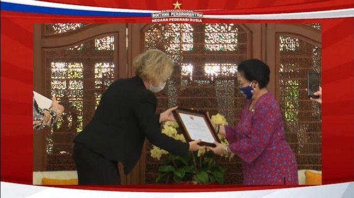 Jadi WNI Pertama Terima 'Order of Friendship' Rusia, Megawati Nostalgia Voroshilov dan Yuri Gagarin